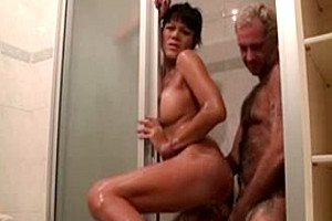 Transsexual shower fuck and facial