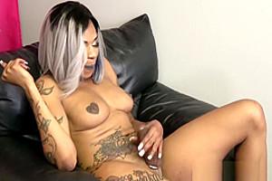 Tattooed Ebony Tgirl With Big Round Ass Solo