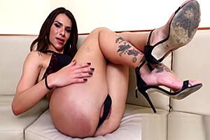 Alluring Fernanda Cristina Plays With Her Sexy Tattooed Feet