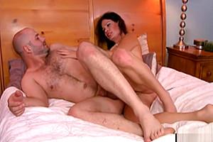 Hot tranny Gina Hart fucks dudes in ass