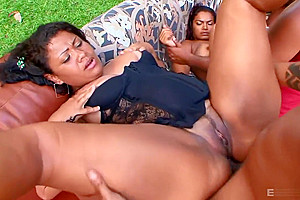 Brasileiras Na Putaria 2 ( Orgias )