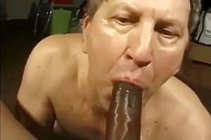 daddy guy likes black 10-Pounder