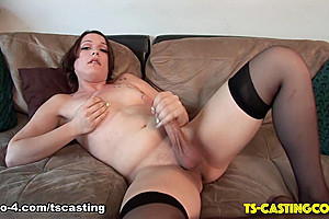 Horny Xandie Shakes Her Booty - TS-Casting-Couch