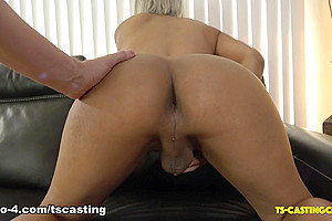 Meet Beautiful Lia - TS-Casting-Couch
