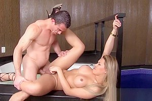 Shemale Yume Farias gets creampied