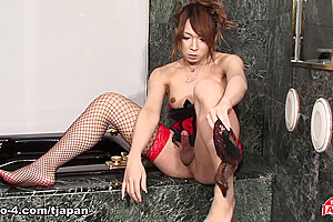 Frilly And Slinky Karin - TGirlJapan