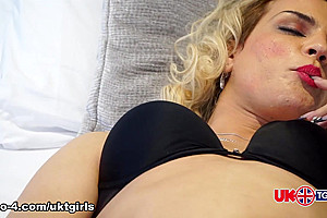 An Evening With Elza.... - UK-TGirls
