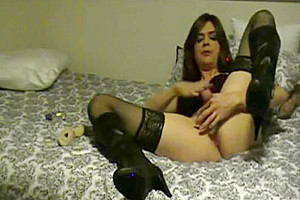 Redhead Trans Solo Play And Cums With vibrator