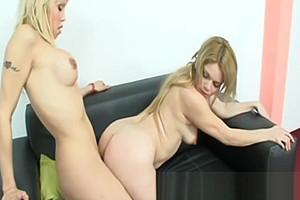 Yanina - Tranny Cock Stiffening Fucking A Naked Woman