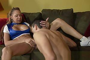 Sexy ebony shemale cums