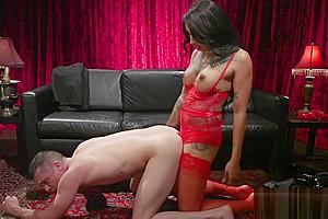 Big cock tranny in lingerie fucks male