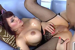 Filipina tgirl babe Eva Lin ass screwed by her shemale