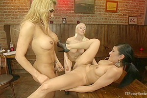 TSPussyHunters THREESOME -Jessy Dubai, Lorelei Lee & Beretta GET IT ON