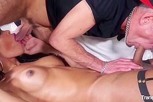 TRANS BELLA - Sexy brunette tranny Priscylla Modella gets ass-fucked by Italian stud