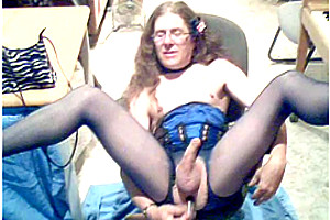 Mature crossdresser in pantyhose wanking solo