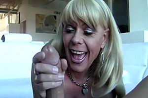 Joanna Jet Stepmom Handjob